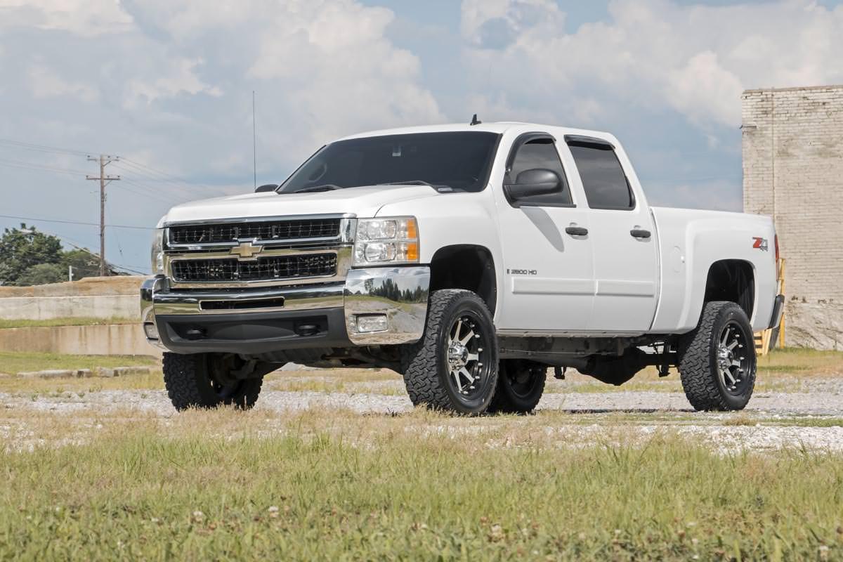 3-inch No-Cut Suspension Lift Kit w/ Upper Control Arms Fits: Chevrolet:  01-04 Silverado 2500 4WD/2WD 01-10 Silverado 2500 HD 4WD/2WD 01-10 Suburban